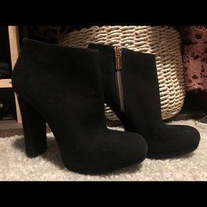 Black Michael Kors, heeled booties